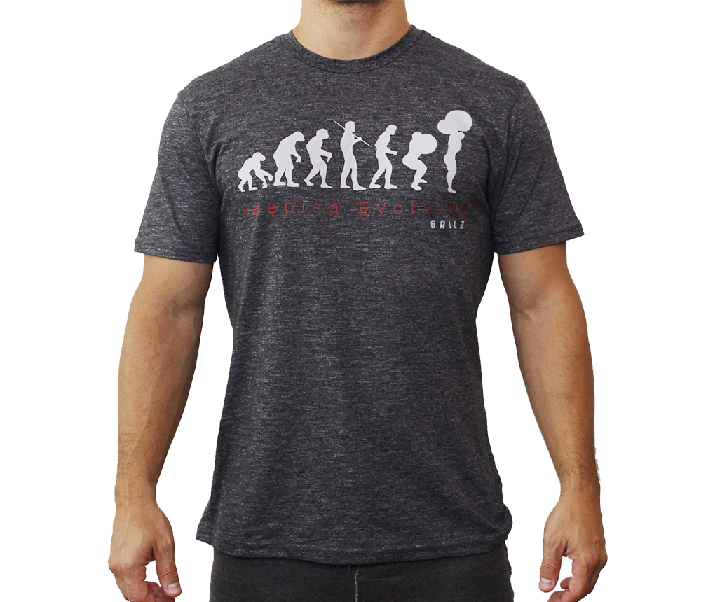 camiseta normal masc keeping evolving - gorillaz store